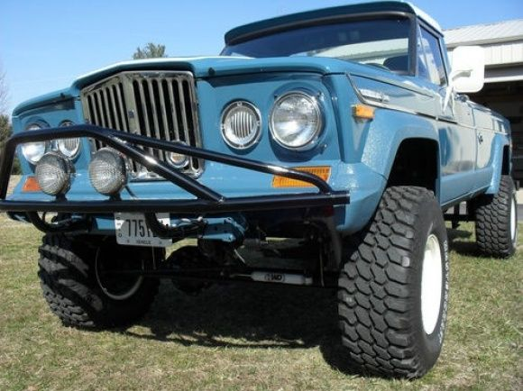 1971 Jeep J4000 Gladiator 4x4 Pickup Truck For Sale Restored Front