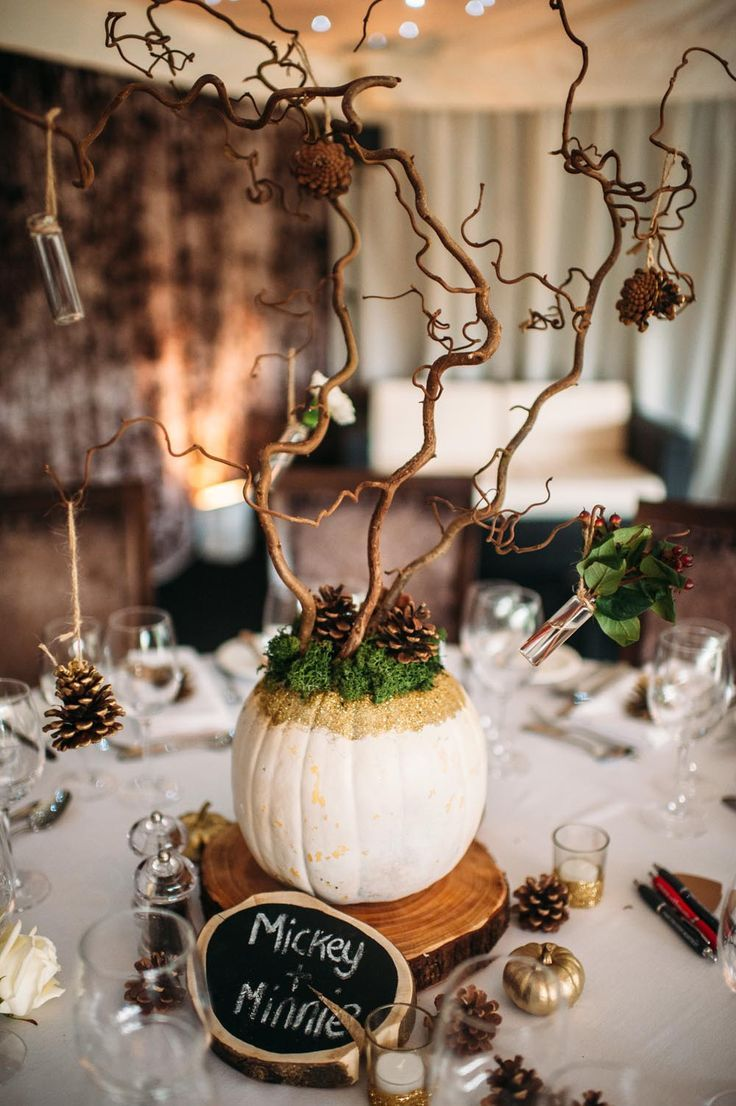 Pumpkin Centerpiece With Twigs|Photography by Hannah May