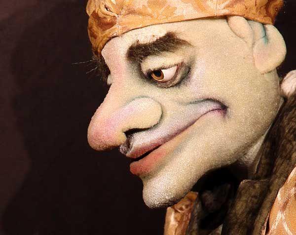 oder: Moliére in Behandlung Eingebettet in Moliéres Komödie wird vom Leben zw… – Gaylord´s Puppet Company
