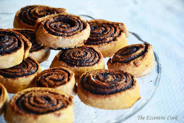 The eccentric Cook: Csiga (Chocolate Rolls) - oh how I have missed the Chocolate rolls in Hungary!!