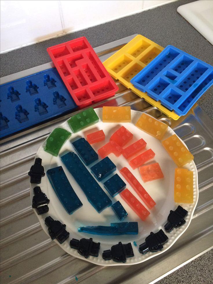 #lego #snoep #koken #diy #gummies #cook Zelf Lego snoep maken? Lees mijn blog