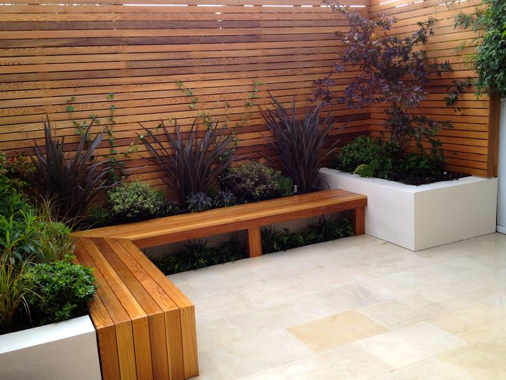 Courtyard Design Ideas Wouldnt Have An Open Bench Seat But Like The Contrast Of Woodconcrete Courtyard Landscapingsmall