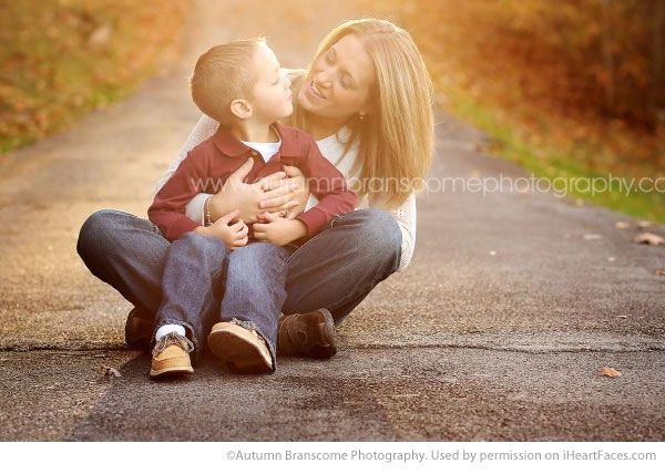 Beautiful Mom and Me Photos for Mothers Day - Portrait Photography by Autumn Brancome Photography via iHeartFaces.com