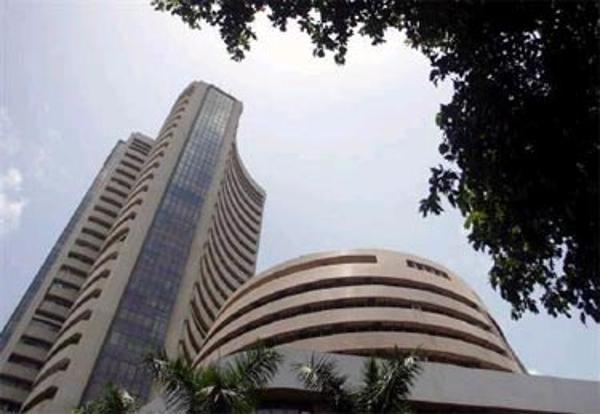 Sensex rallies 350 points