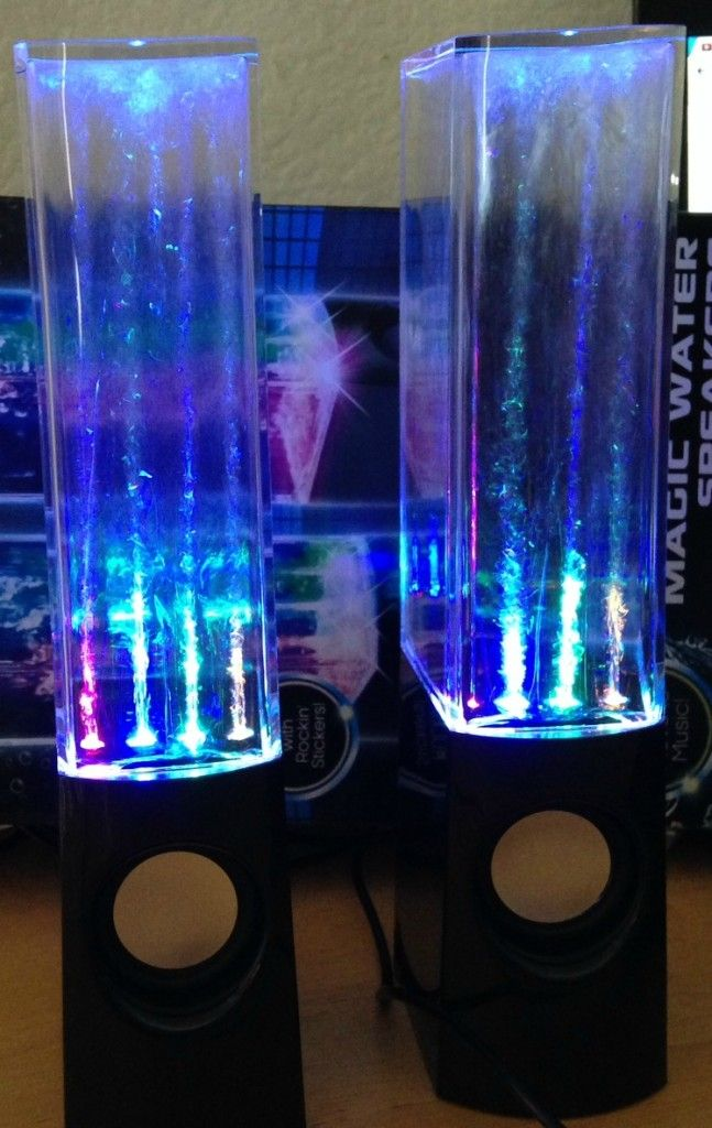 Magic Water Speakers, Dancing Water Fountain Speakers for Smartphones and Computers. Such a cool gift idea!