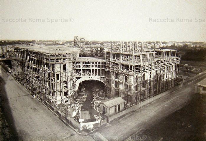 Foto storiche di Roma - Via Tagliamento, angolo via Arno - Palazzo degli Ambasciatori Anno: 1917-1921