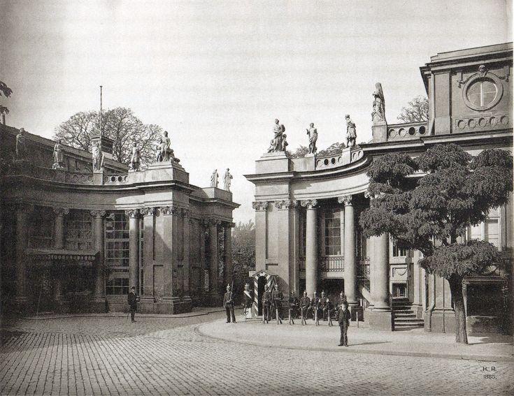 Hermann Rückwardt, Berlin, Eingang zum Schloss Monbijou ...