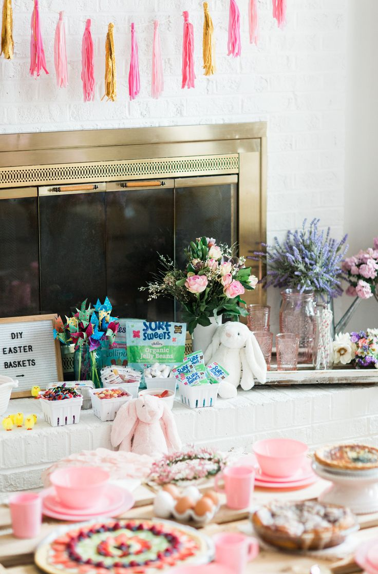 Looking for the sweetest Easter party for your little ones this Spring? This Some Bunny Loves You kids picnic Easter party has it all! AD @wholesomesweet | glitterinc.com | @glitterinc