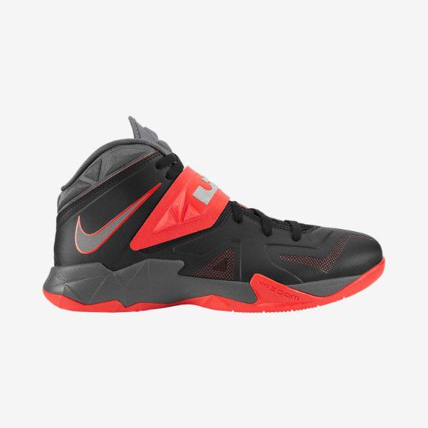 Nike Zoom Soldier VII Men's Basketball Shoe