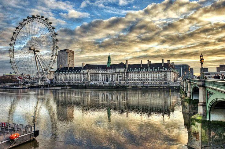 Překrásný pohled na London Eye