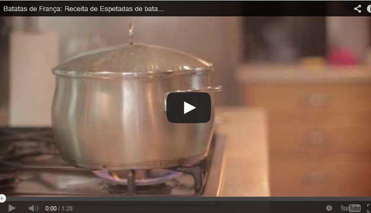 Espetadas de batatinhas caramelizadas + caipirinha.Rosti de batatas. Veja a vídeo-receita no nosso canal youtube em: http://www.youtube.com/watch?v=PORqr5vuE1Q