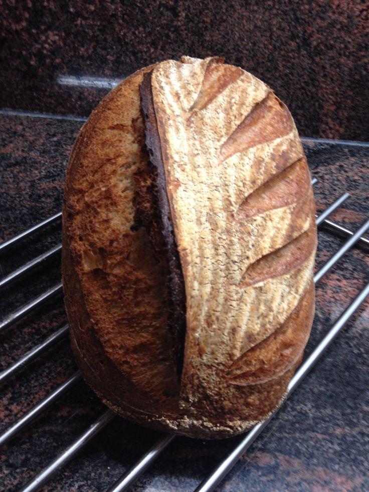 #Raimugido wheat sourdough with a hint of rye.