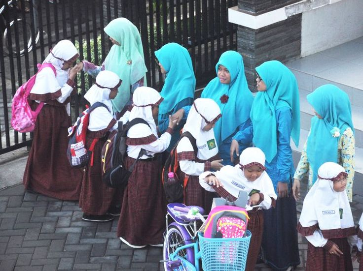 Čestné uznání: Fairuz Augustine Amalia (8 let), SD Muhammadiyah GKB 2, Gresik, Indonézie