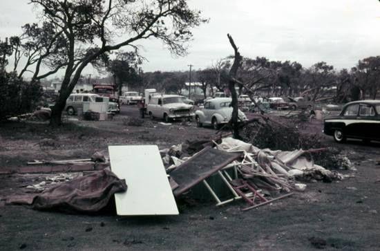 COTTON TREE, MAROOCHYDORE 4558 QLD AUSTRALIA/CYCLONE 1960 AFTERMATH