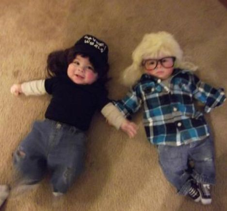 But feel free to do this and party on! | 16 DIY Costumes Based On Your Favorite '90s Movie Character