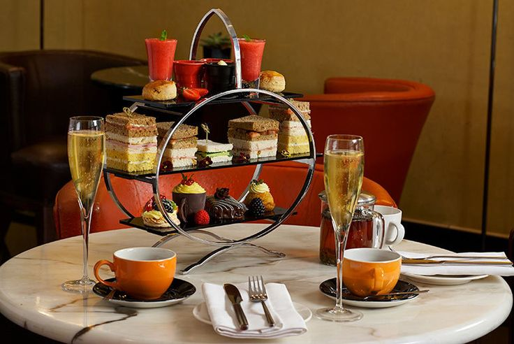 Traditional or Sparkling Afternoon Tea for 2, Knightsbridge