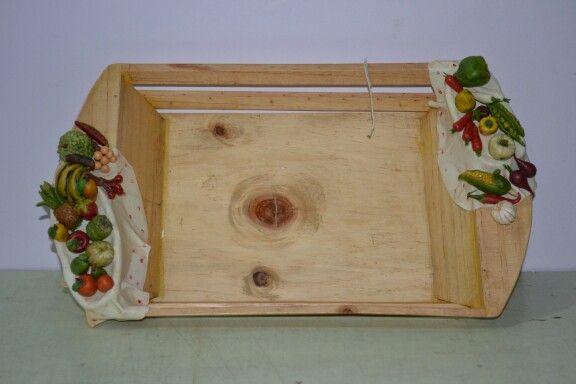 Lamasa clay fruit tray