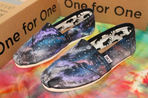 I'm going to make these! You just use black toms and bleach them then add the details! :)