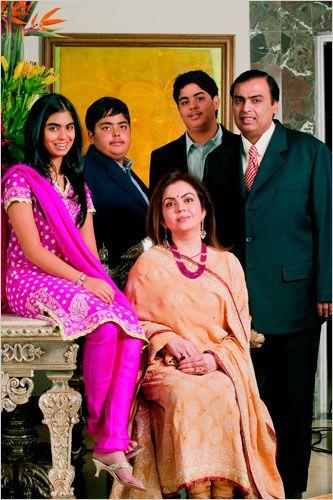 Mukesh Ambani Family Pics-Mukesh with Wife Nita, Kids-Aakash, Ananta, Isha