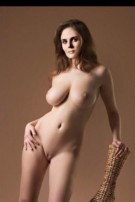 emily-deschenal-nude-fakes