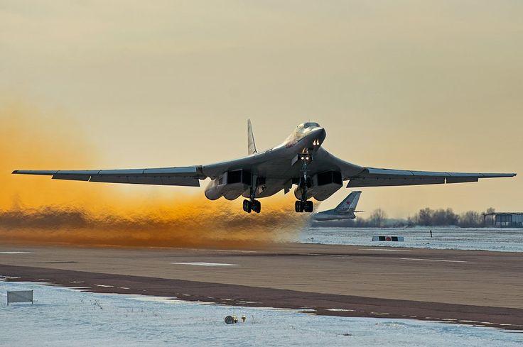 Novo Tupolev Tu-160M2 terá teto de voo de 18 mil metros