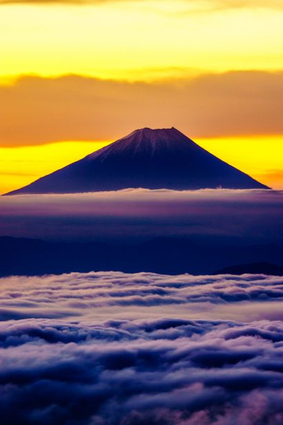 Mt. Fuji, Japan yes very nice shot