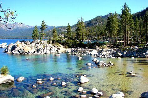 Le lac Tahoe entre la Californie et le Nevada