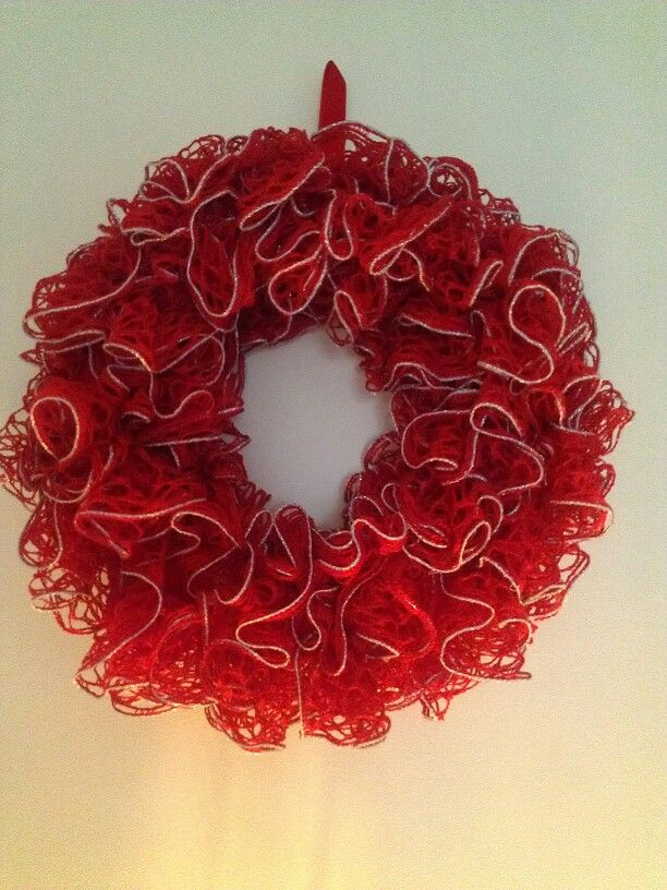 crochet sashay ruffle foam wreath christmas 2013 knits