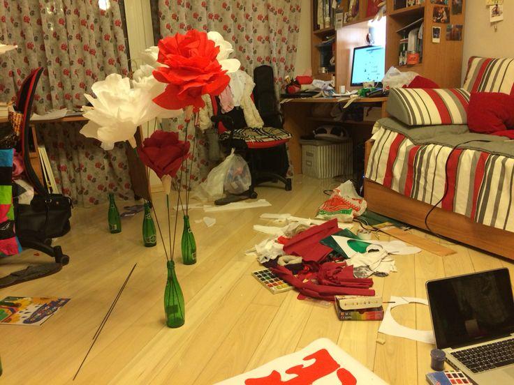 #diy #giant #flowers #paper #roses гигантские Розы из креп бумаги