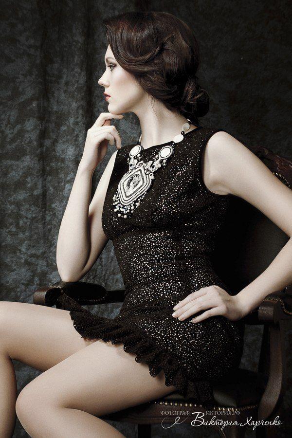 Accessories: Yulia Logvinova