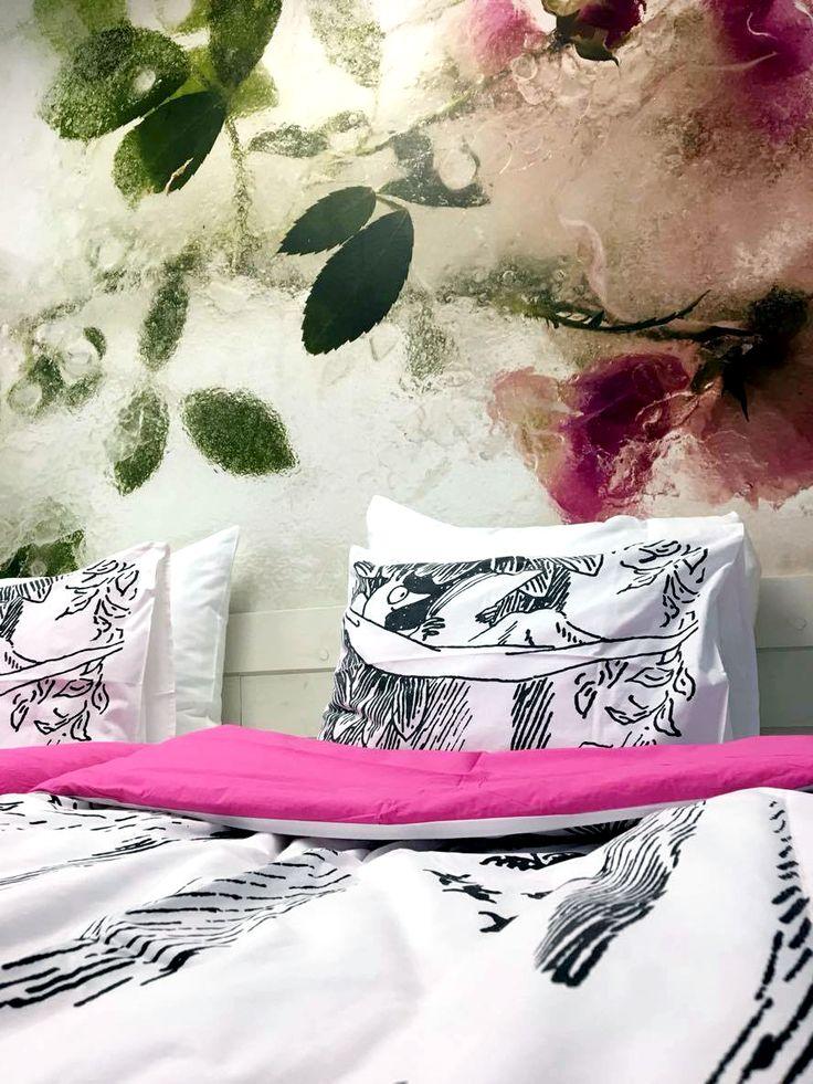 Moomin bed sheets and roses!