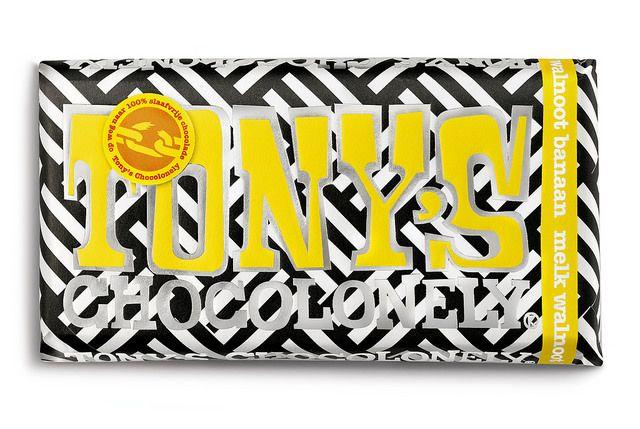 Yes! Jij hebt één van de drie limited editions te pakken! Tony's melkchocolade gevuld met fairtrade bananen uit Columbia en stukjes walnoot. Super speciaal, want voor je het weet zijn ze op. Geniet ervan en let's go bananas!