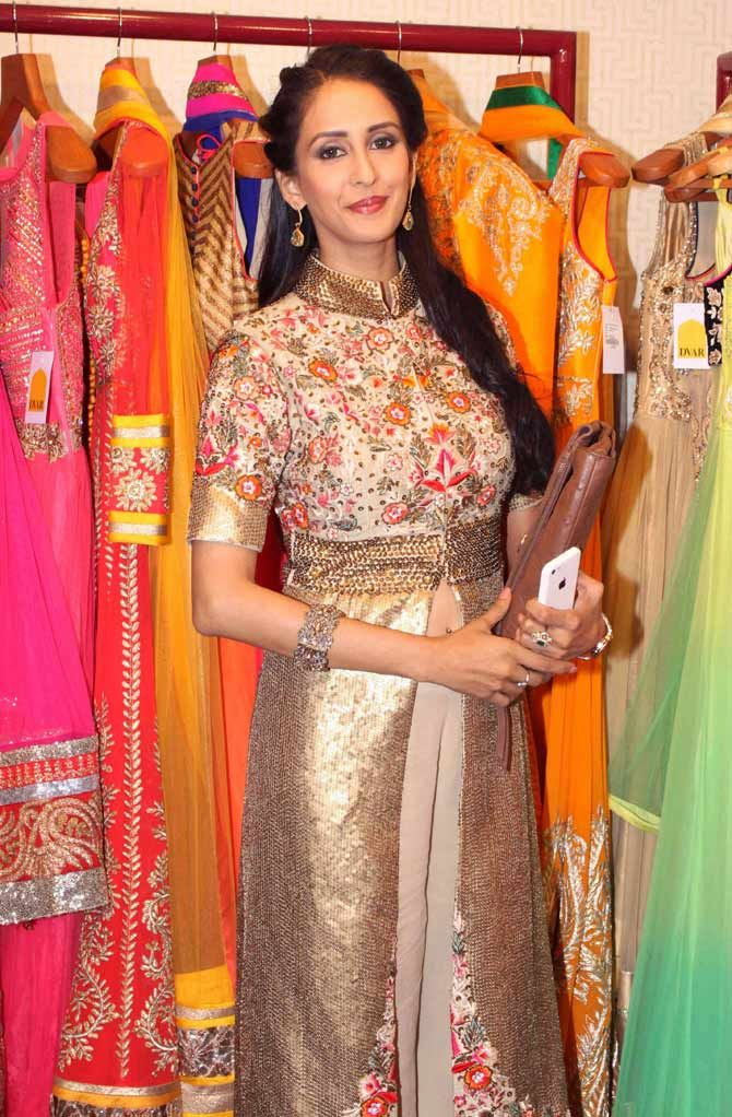 Chahat Khanna oozed elegance at the fashion preview at a fashion preview at DVAR, Juhu. #Bollywood #Fashion #Style #Beauty