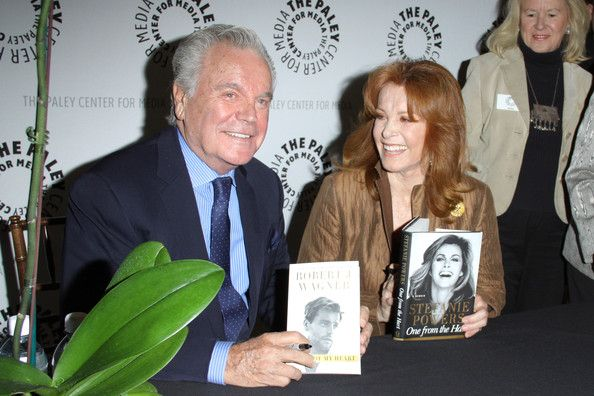 "Former ""Hart to Hart"" double act Stephanie Powers and Robert Wagner sign copies of their autobiographies at the Paley Center."