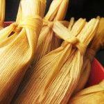mole rojo con puerco para tamales! Aunque se puede usar pollo como indica la receta! La masa la hago con otra receta!
