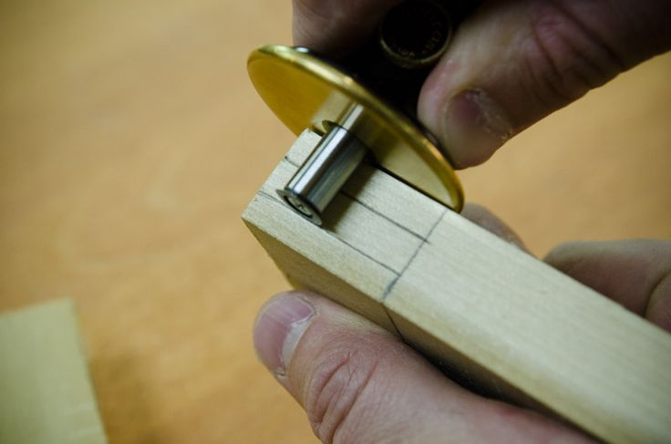 how to make a mortise and tenon joint by hand