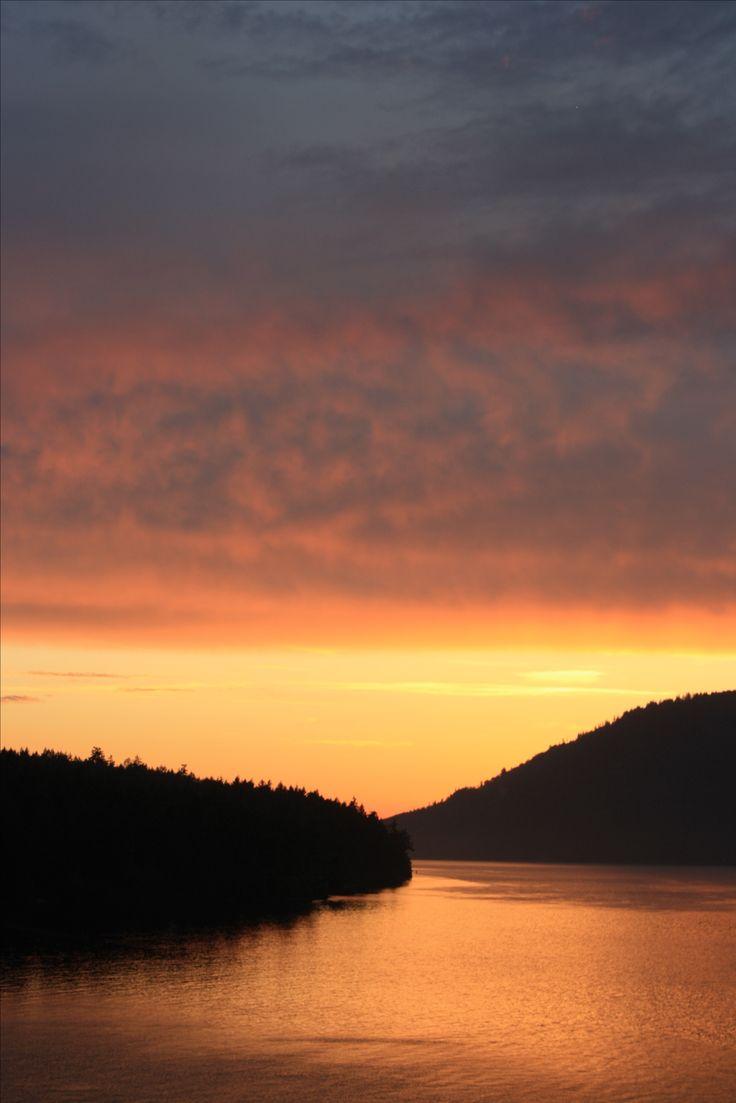 Kanadas Weiten lassen sich am besten per Road Trip entdecken. PASSENGER X nimmt dich mit auf 3 Wochen Abenteuer, von Toronto bis Vancouver.