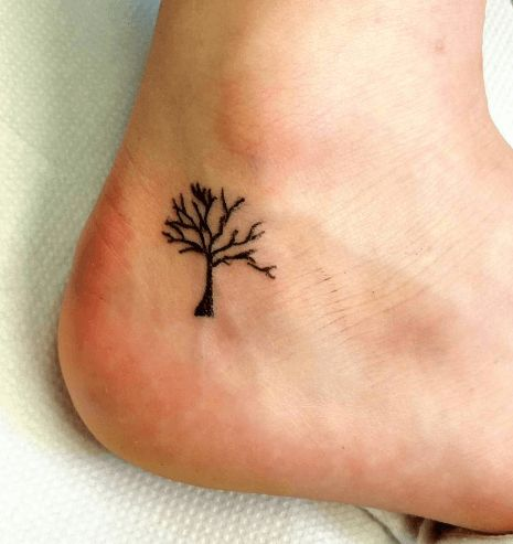 best 25 arbre tatouage ideas on pinterest tatouage de. Black Bedroom Furniture Sets. Home Design Ideas