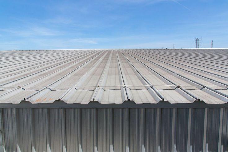 Szendvicspanelek segítségével egyszerűen és gyorsan kivitelezhető a minőségi tető!  http://trapezlemez-cserepeslemez.hu/szendvicspanel/