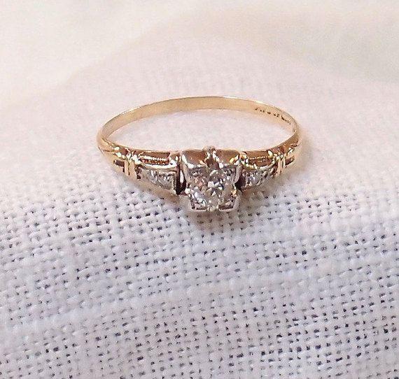 Vintage 14k Gold Diamond Enagement Ring