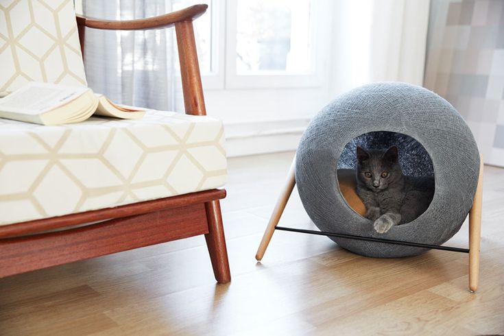 The Cube is a cat bed designed by Any Sanchez and Guillaume Gaddene of Meyou that will fit perfectly with your modern home decor.