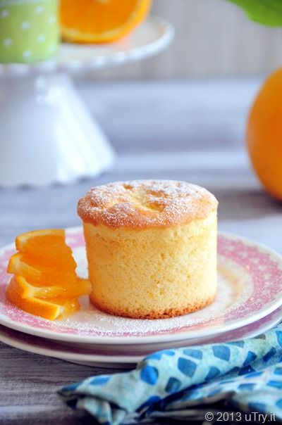 Orange Chiffon Cupcakes (香橙雪芳蛋糕) http://uTry.it @uTry.it