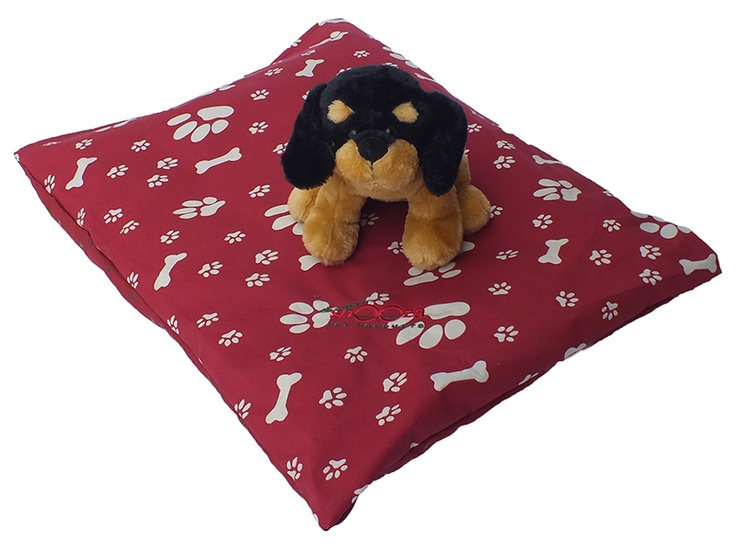 Probably the most popular product for over 20 years, the Pet Futon  The Pet Futon offers the ultimate in versatility & comfort for your pet.  Ideal for the car, weekends away, in the kennel or even on a raised bed!