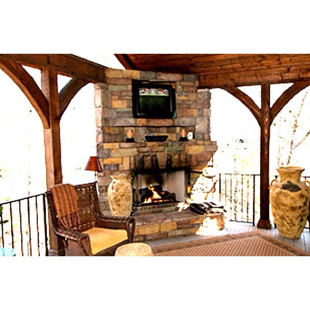 Covered Deck Fireplace Outdoor
