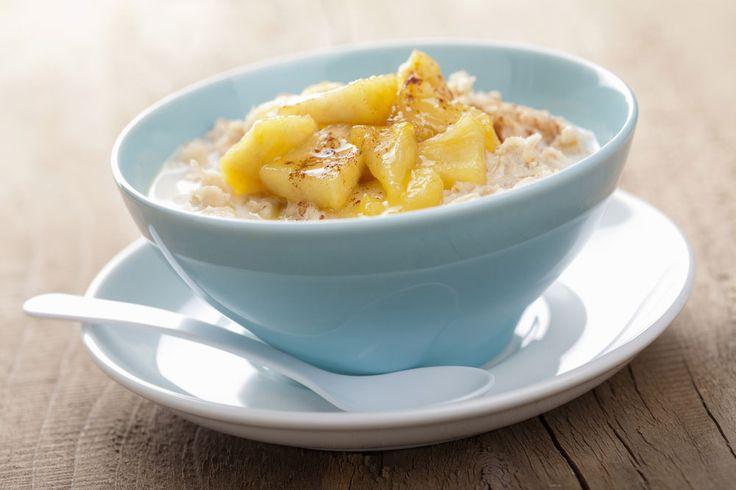 Break the fast with Warm Maple Syrup & Cinnamon Apple Porridge #breakfast