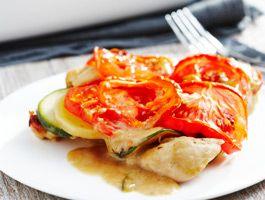 Gratin de courgettes, tomates et pommes de terre au poulet