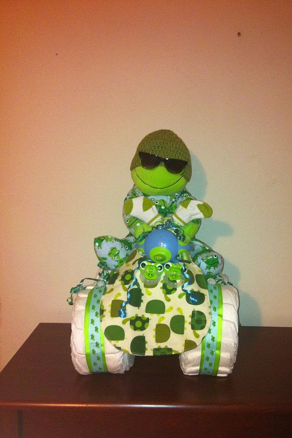 Turtle diaper cake by DivaliciousDiapers on Etsy, $100.00