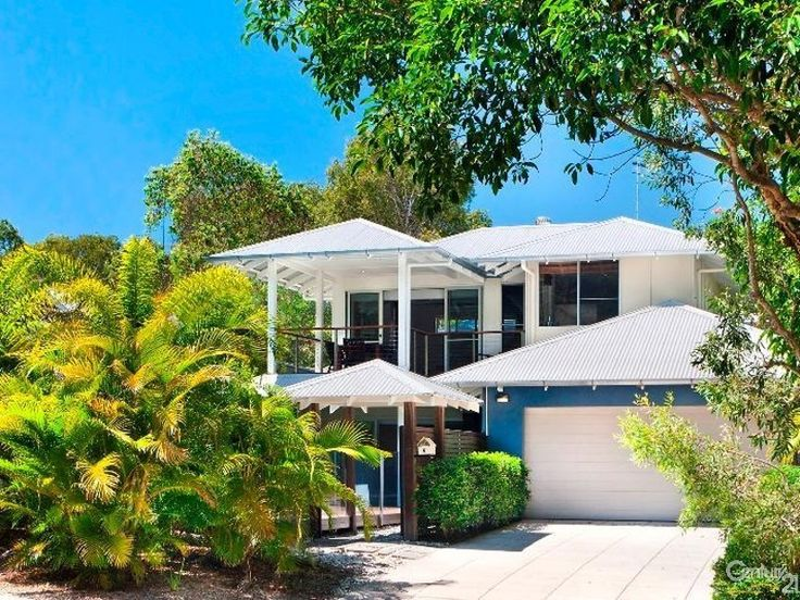 Suits summer perfectly - House for Sale in Sunshine Beach QLD 4567