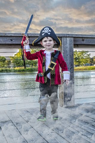 Pirate Costume Toddler Photo Ideas Halloween Photos Toddler Pirate