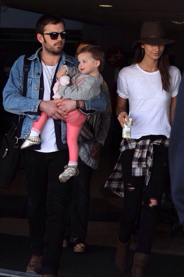 The Followills; Caleb Followill, Lily Aldridge & little Dixie Pearl.